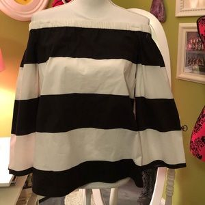 Vince Camuto Off the Shoulders Top
